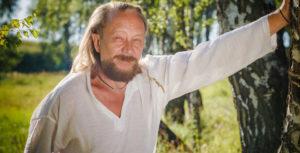 Виталий Сундаков, путешественник, первооткрыватель, эксперт по колыбельным цивилизациям и экстремальным климатическим зонам, основатель первой в России школы выживания, автор книг